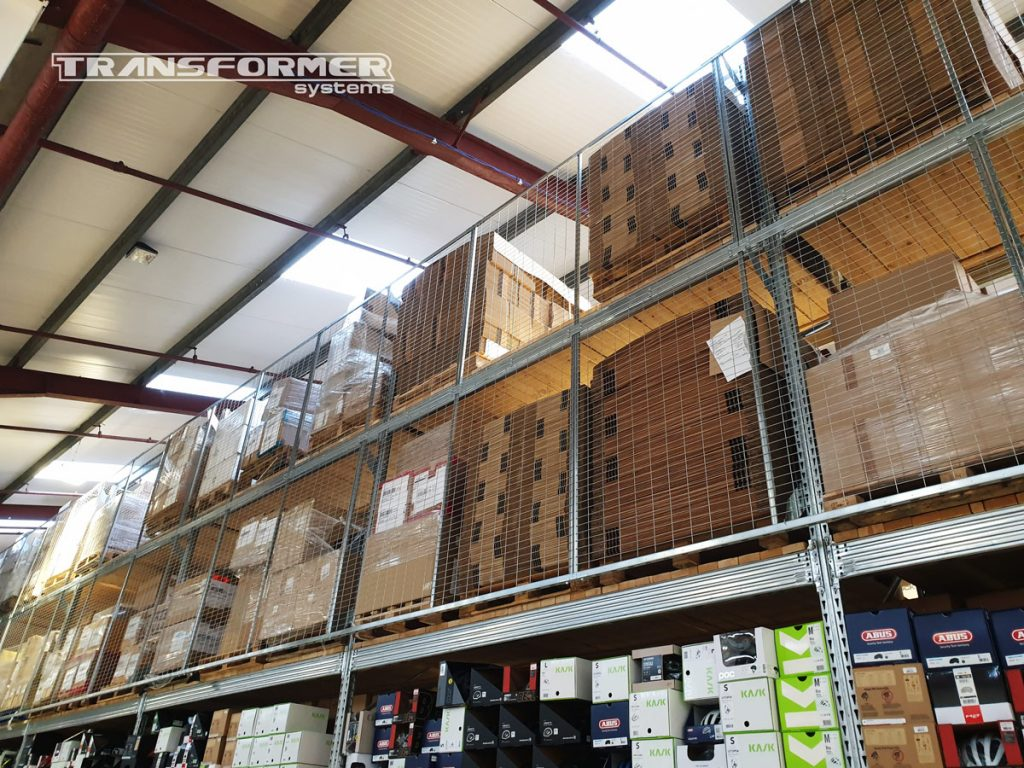 Metalsistem Pallet Racking with Protective Back Mesh